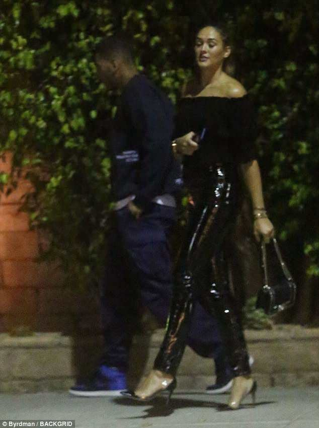 Kourtney Kardashian\'s boyfriend Younes Bendjima spotted hugging a mystery lady in Beverly Hills (Photos)
