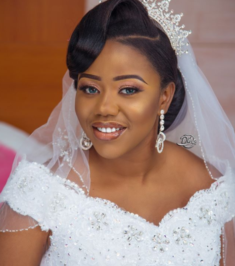 Photos from the church wedding of Gulder Ultimate search VI winner, Uche Uwaezeapu to his girlfriend who slid into his DM and won his heart