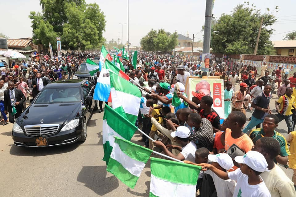 More photos of Bauchi State residents as they file out in large numbers to welcome President Buhari on a 2-day working visit