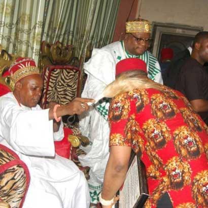 Tonto's EX Olakunle Churchill Crowned 'Ezinwa Chukwu Mere Eze' In Enugu