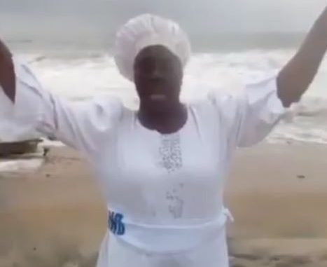 'God, my country is dying' - Nollywood actress, Iya Rainbow heads to the beach dressed in a white garment to pray for Nigeria (Video)