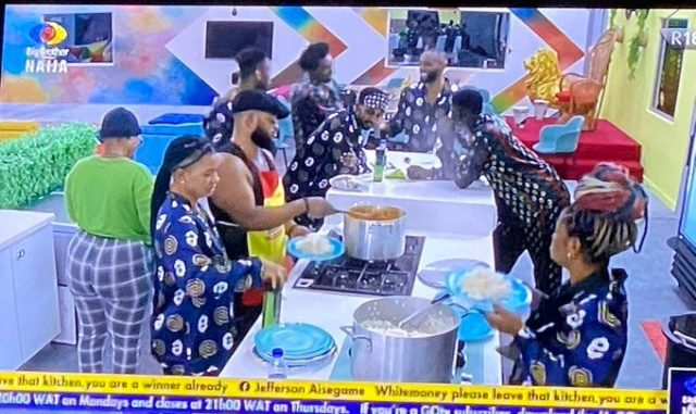 #BBNaija: Nigerians react as White Money flouts Pere's order and cooks for himself as other housemates join him to eat the food (video)