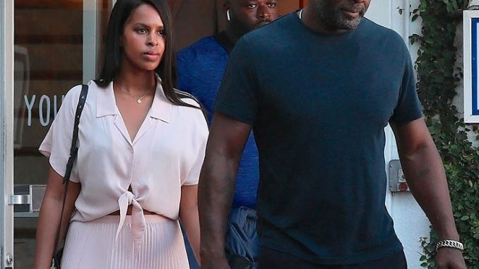 Idris Elba takes his fiancee Sabrina Dhowre shopping in West Hollywood (Photos)