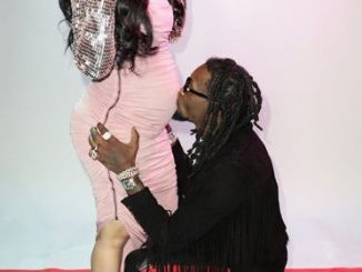 Aww, Cardi B gets kisses on her tummy from her baby daddy, Offset..(photos)