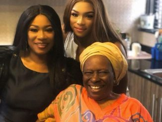 Regina Askia, her mother, and her daughter look beautiful in this three-generation photo