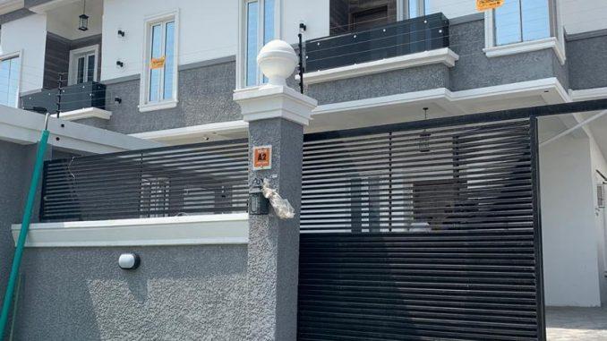 Iyabo ojo bestie Tosin Abiola aquires mansion to celebrate 40th birthday
